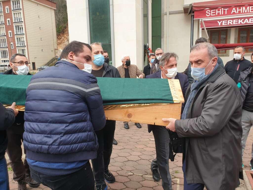 Emekli Öğretmen Mehmet Borazancı toprağa verildi 20