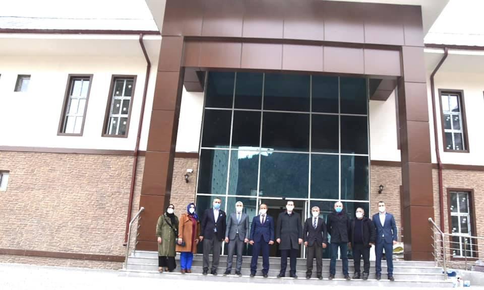 Trabzon Ak Parti Milletvekili Cora Çaykara'da 12