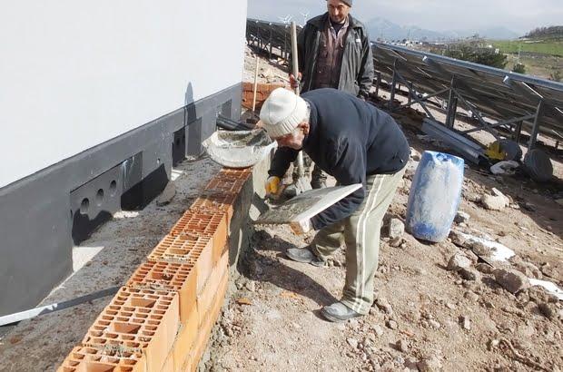Çaykara'lı 85 yaşındaki Osman dede çalışkanlığı ile gençlere örnek oldu 3