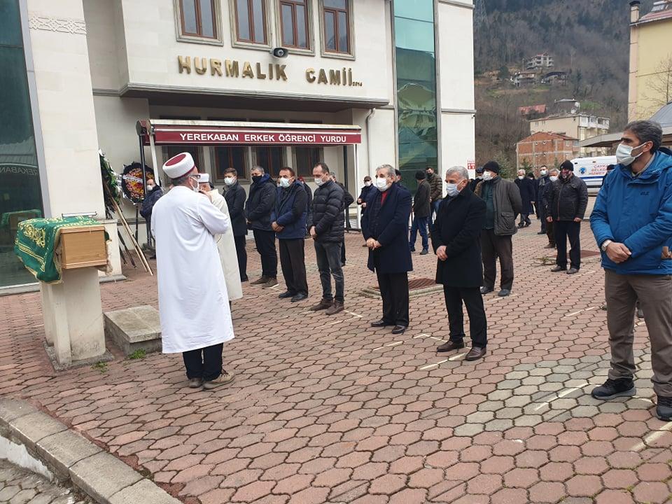 Trabzonspor kulübü eski başkan yardımcısı Öksüzoğlu toprağa verildi 2