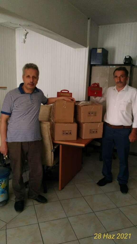 Hayırsever iş adamı Tosun'dan öğrencilere kitap desteği 4