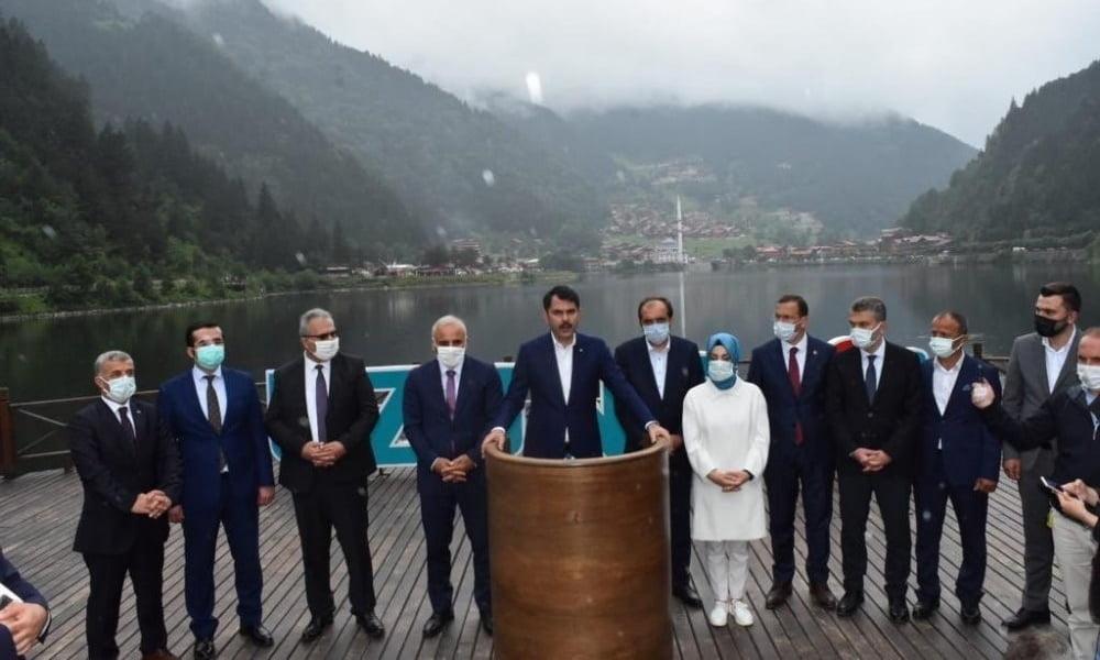 Bakan Kurum Uzungöl'de basın açıklaması gerçekleştirdi