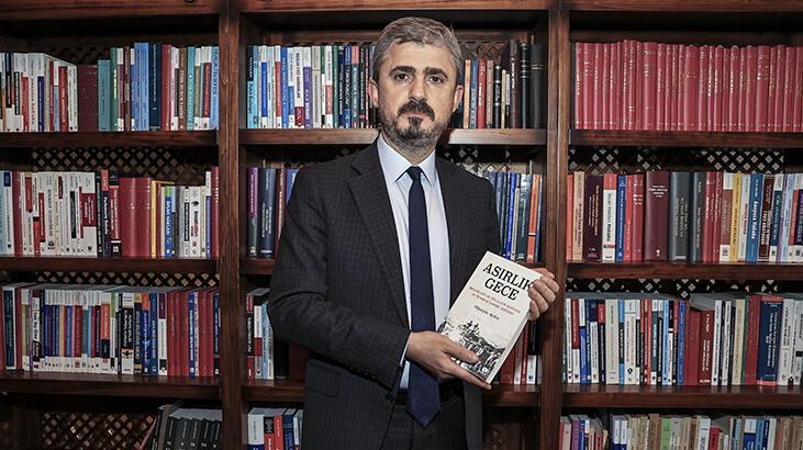 Doç.Dr. Avukat Hüseyin Aydın'in Asırlık Gece adlı kitabin imza günü