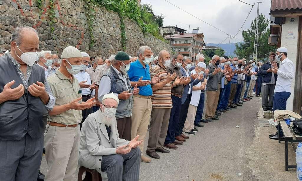 Soğanlı Mahallesinden Hilmiye Türker sonsuza uğurlandı 8