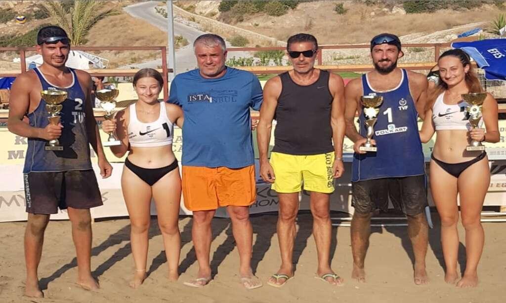 Çaykaralı Başkan'ın yaptırdığı Plaj'da Kupa finali yapıldı 2