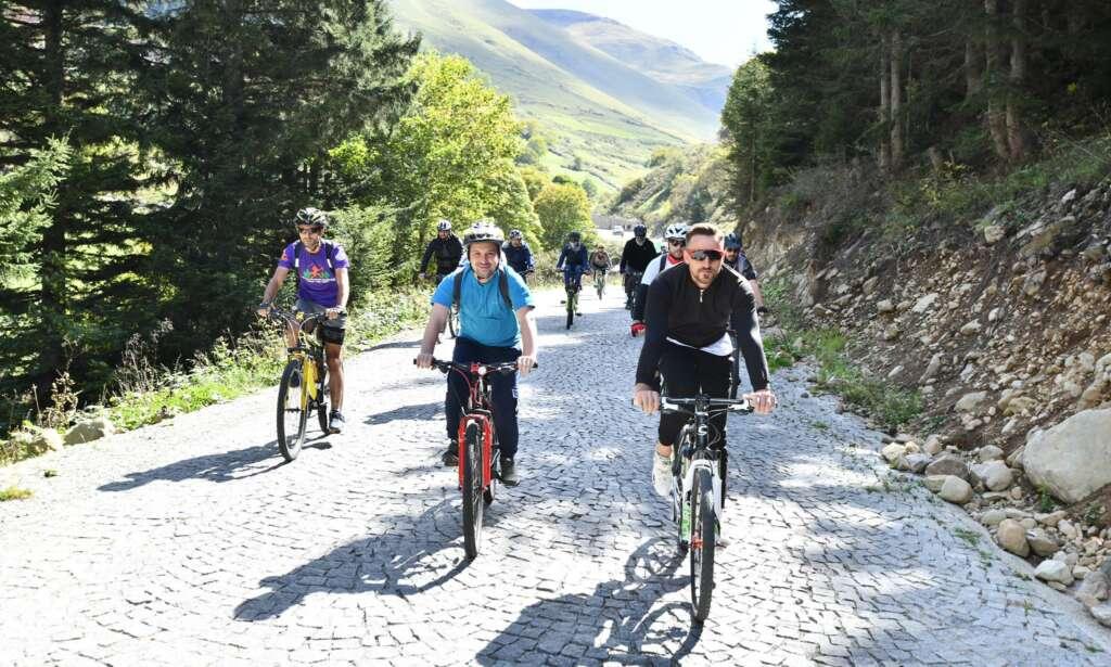 Haldızen Yaylası'nda bisiklet turu 1