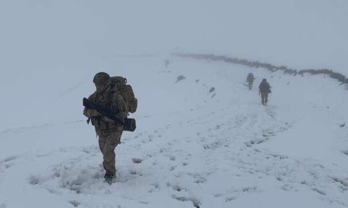 Jandarma timleri Çaykara'nın Yaylalarında