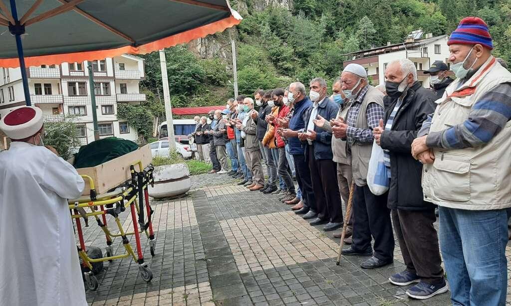 Taşkıran Mahallesinden Ayşe Erdoğan sonsuza uğurlandı 4