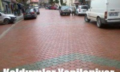 Sokak ve Kaldırım Taşları Yenileniyor