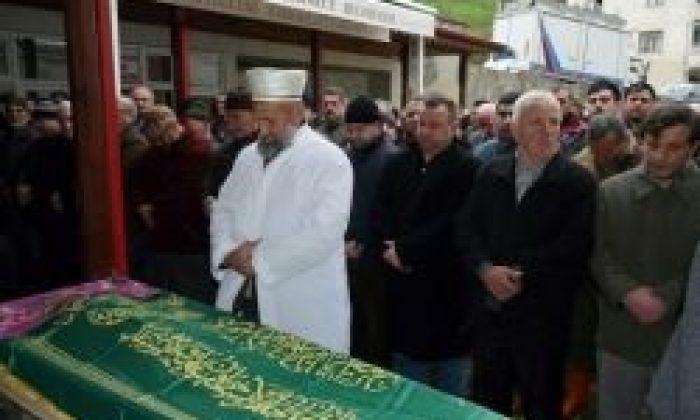 Fatma Cansız Defnedildi