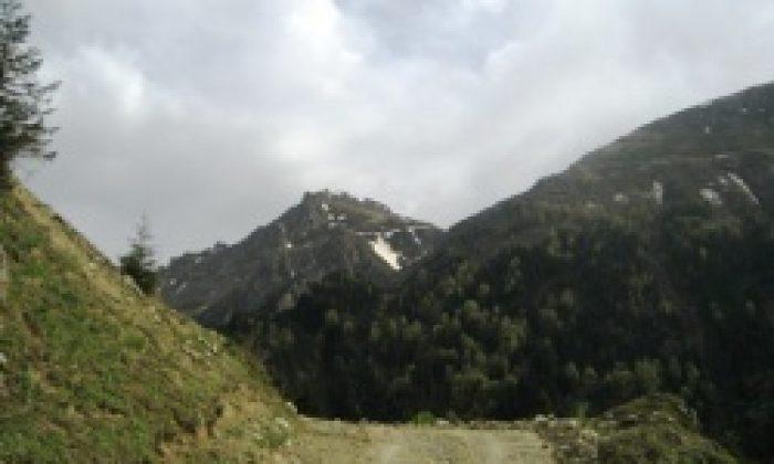 Çaykara-bayburt Yolu Seyrantepe'den Açıldı
