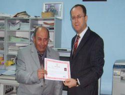 SBS Birincisi Köknar Ortaokulu Öğretmenlerine Başarı Belgesi