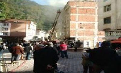 Çaykara'da 6 Katlı Binada Yangın Çıktı