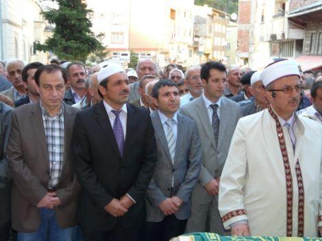 Ahmet Ziya Ayaz Dualarla Defnedildi 2
