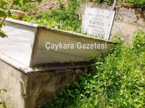 Şehidin Mezarı Onarılıyor 3