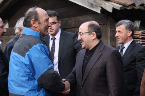 Orhan Fevzi Gümrükçüoğlu Çaykara'da Ziyaretlerde Bulundu 18