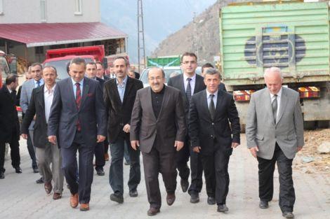 Orhan Fevzi Gümrükçüoğlu Çaykara'da Ziyaretlerde Bulundu 26