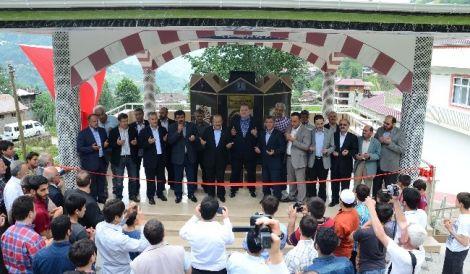 Yeşilalan'daki Modern Şadırvanı Gümrükçüoğlu Açtı 4