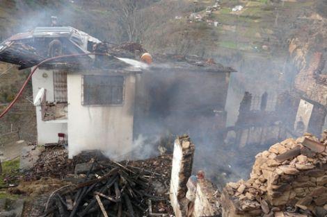 Maraşlı Köyünde Yangın 2