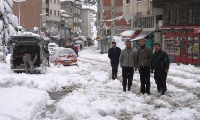 Köy Yolları Kapalı Elektrikler Kesik