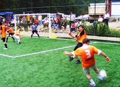 Dernekpazarı'nda Futbol Şöleni Sürüyor 1